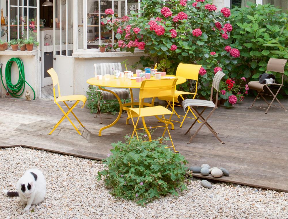 g rtnern auf kleinstem raum 13 tipps f r balkon und. Black Bedroom Furniture Sets. Home Design Ideas